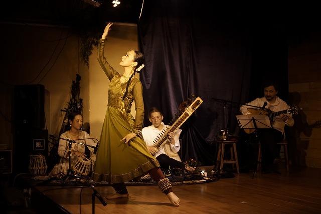 北インド古典舞踊 カタックダンス教室 ステージ